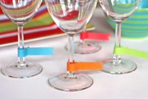 etichette per non confondere i bicchieri ad una festa